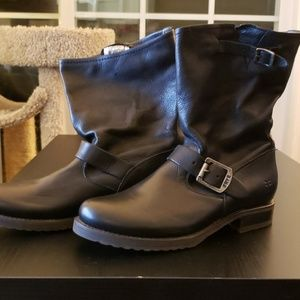Frye Veronica Short Slouch Boots